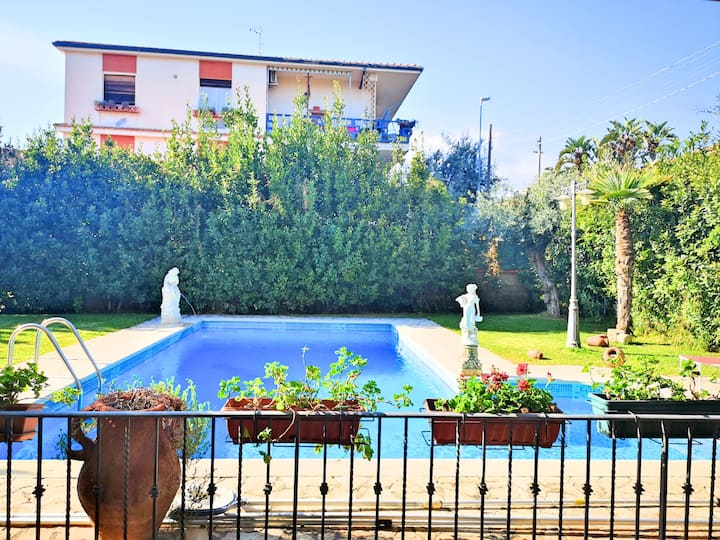 Villa Rosyiano - Exclusive villa with private pool and huge garden near Taormina and Etna