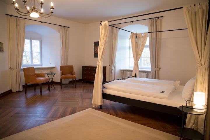 Schlossparkhotel -  Superior Turmsuite im Schloss