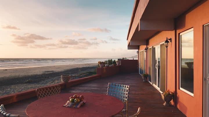 Casa Marina - Ocean Front Residence