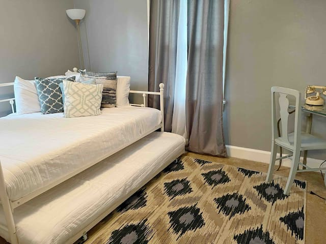 Bedroom #2 w/one full size bed and one twin bed pullout underneath (sleeps 4 total)