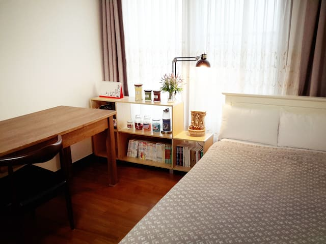 "Private Room near Central Station ""Ashram"" - Seoksa-dong, Chuncheon-si - Appartement"