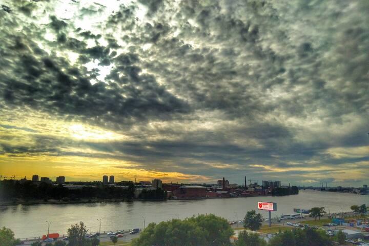 Видовая квартира. Полная панорама на Неву.