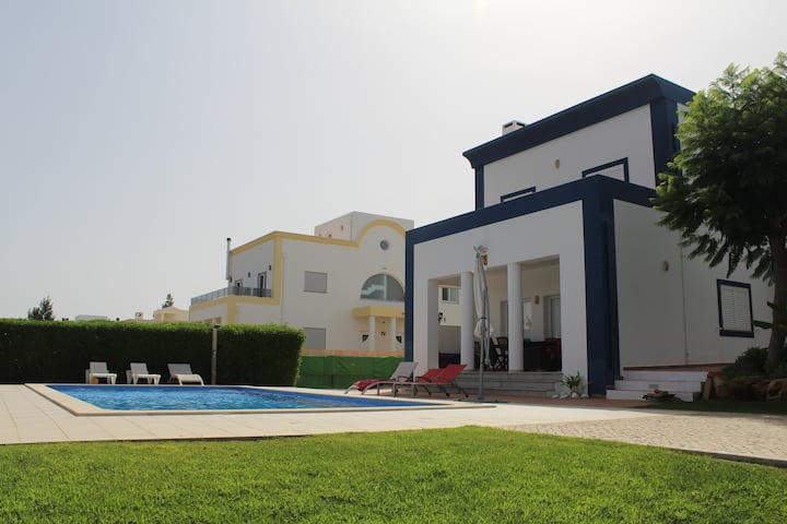 Luxury Villa with Pool, close to Tavira Town