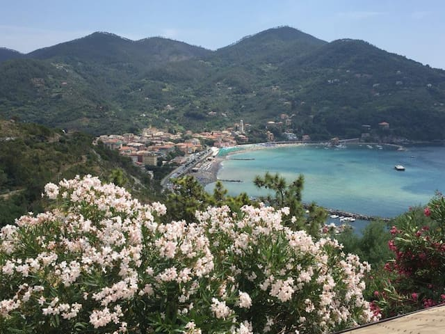 Levanto with see view - Levanto - Huoneisto