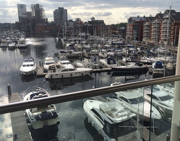Quayside apartment overlooking Ipswich Marina - Suffolk - Leilighet