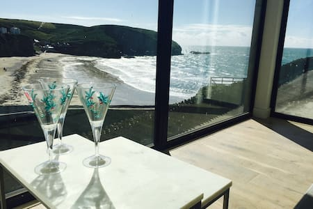 Brand New, Top Specification, Stunning Sea Views - Portreath