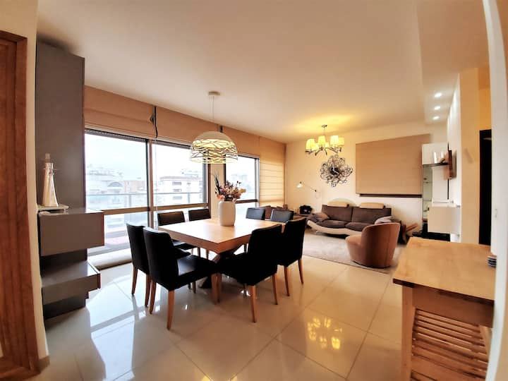5 bedroom condo near the beach in Netanya, Israel!