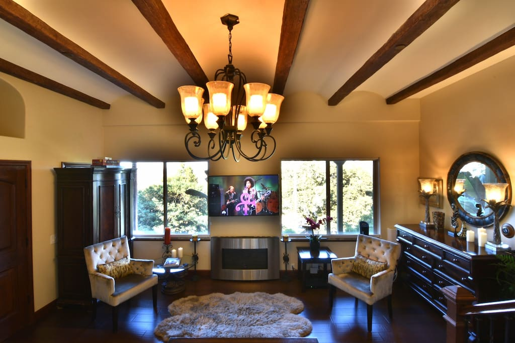 Tuscan Barrel Vaulted Ceiling with Rustic Oak Beams