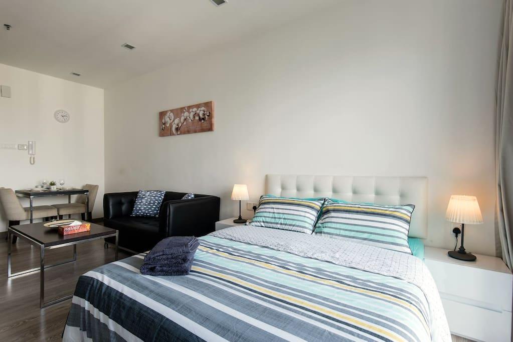 Cozy & spacious suite