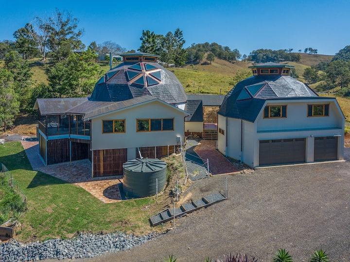 Henley House Kin Kin,  Geodesic Dome House