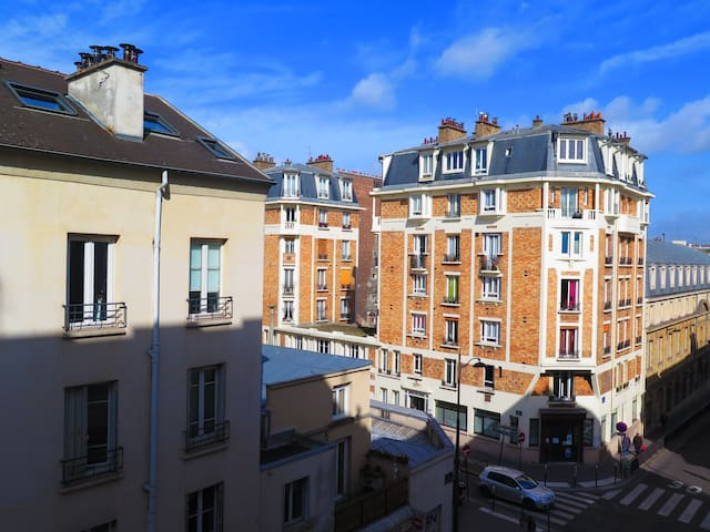 Joli appartement au coeur du village Montmartre