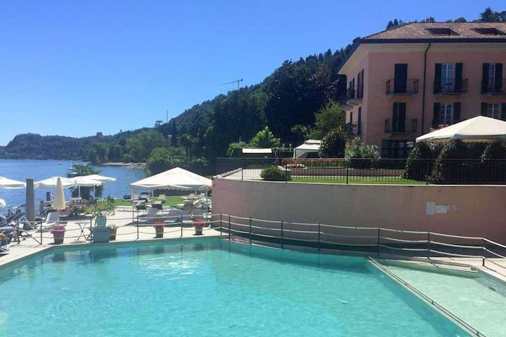 Brand new and elegant residence on Lake Maggiore