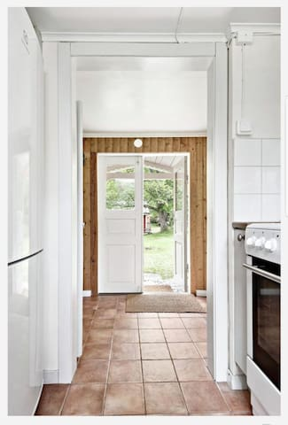 entrance main house, directly into the kitchen