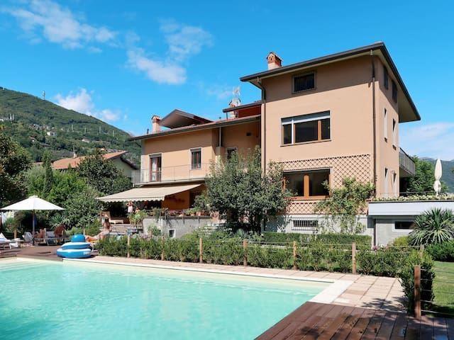 Apartment Residence Vittoria for 4 persons