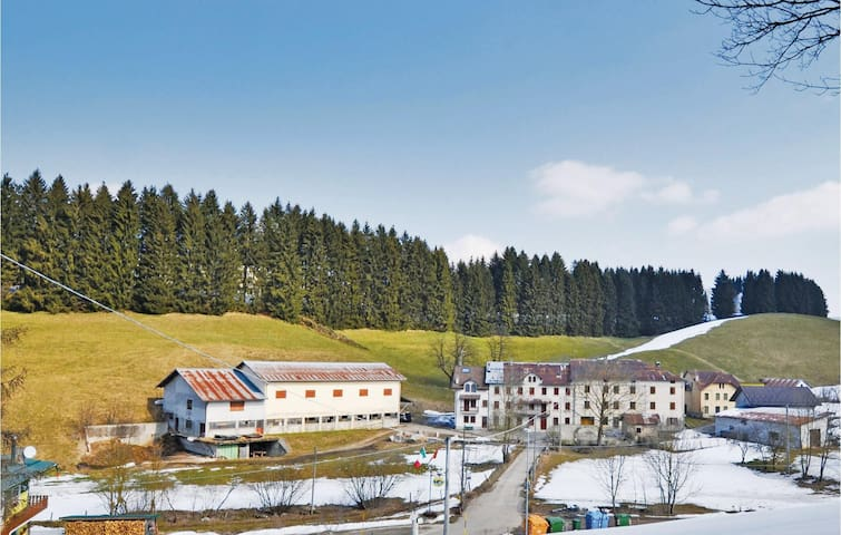 Holiday apartment with 2 bedrooms on 75m² in Asiago -VI-