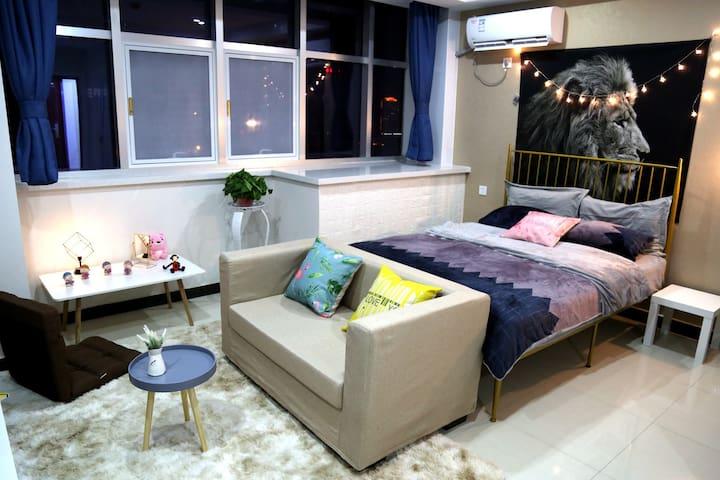 【轻、奢】简庭SOHO设计公寓,夜晚网红大床房