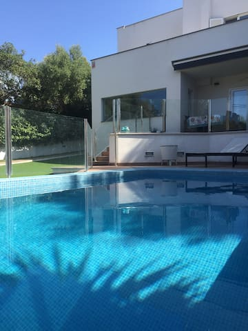 Modern Villa with private pool, 200 m from beach - Palmanova - Villa