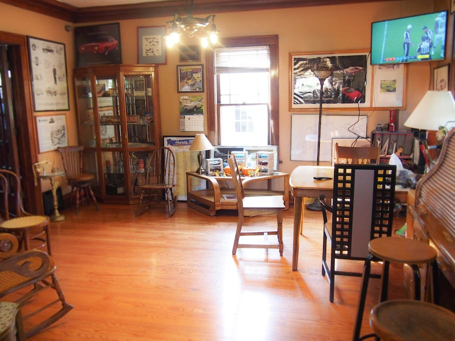 standard channels, including NBC with Notre Dame home games. Meet with friends  or browse Avanti memorabilia. Appreciate the meticulously restored woodwork.