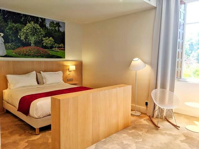 Elégante chambre tout confort, incluant petit-déj.
