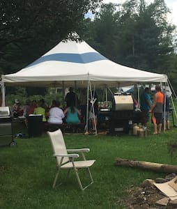 Party tent.  HUGE w/ Tables & Sound System - East Durham - Teltta