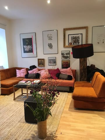 Livingroom & Sleeping-Couch