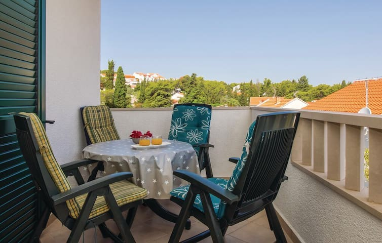 Apartment in Croatia Brac Sutivan