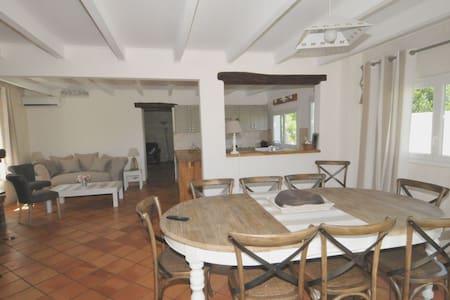Villa avec grand jardin et accès direct à la mer - Ars-en-Ré
