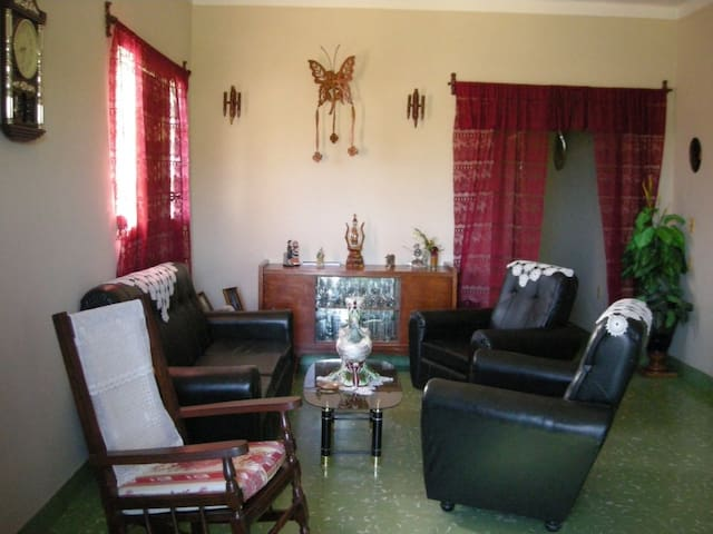 Casa Rita Habitacion No. 2 - Holguin - Bed & Breakfast