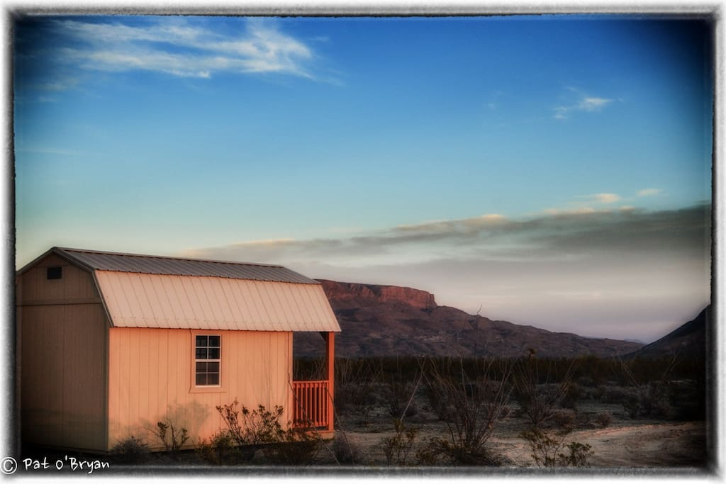 Terlingua mesa vista big bend cabin stars cottages for Big bend texas cabin rentals