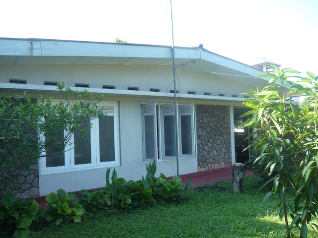 Lovely Detached Bungalow  with AC - Wattala - Casa