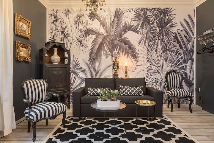 Stylish classic chic flat in trendy Friedrichshain