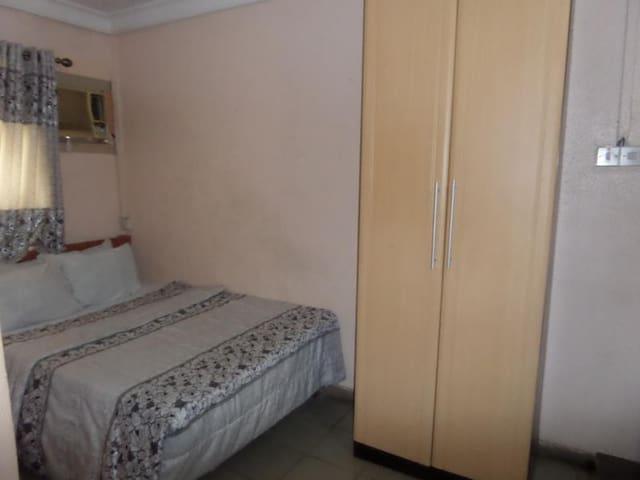 Maxton Suites Annex-Standard Room