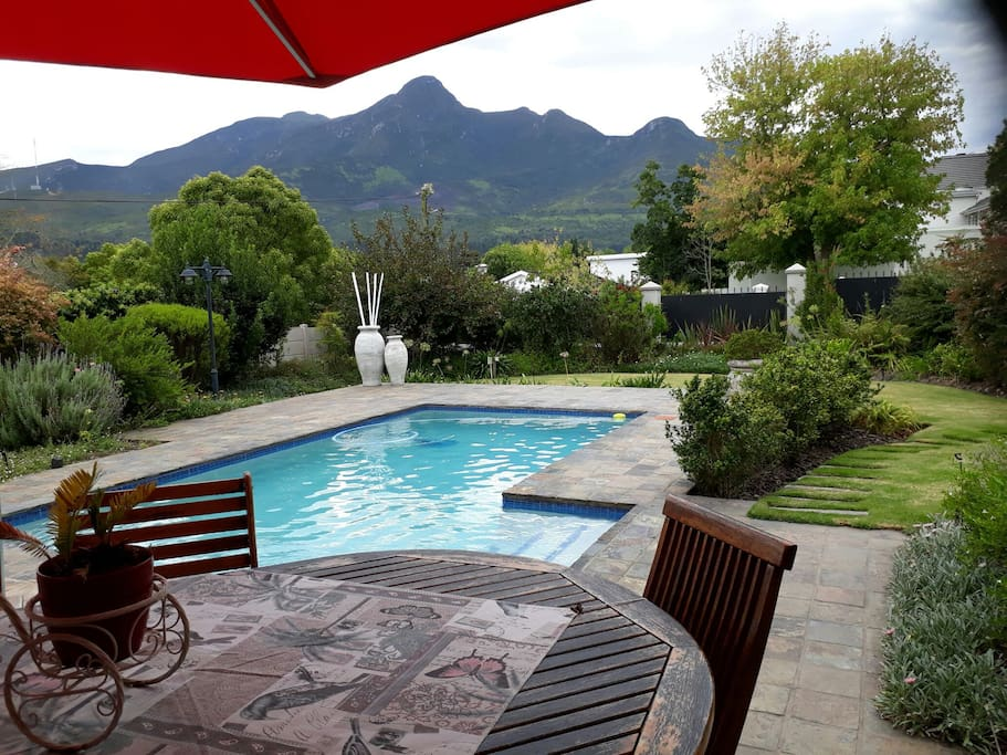 A beautiful view on the Outeniqua mountains and cristal clear pool.