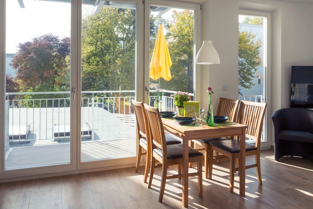 Esstisch mit Aussicht - Dining table with view