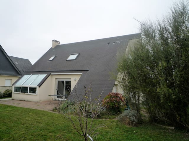 villa mer  familiale et  moderne - Gouville-sur-Mer - บ้าน