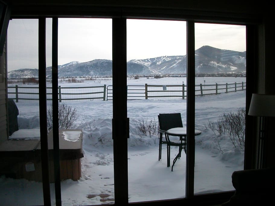Direct views from Deer Valley to Park City!