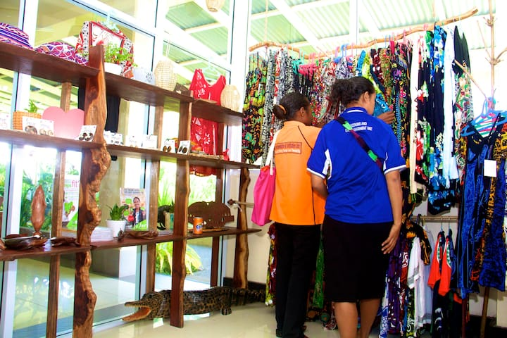 Maku Gift Shop at Gazelle International Hotel