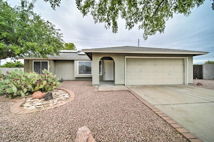 Phoenix Home w/Private Pool, Grill & Fire Pit