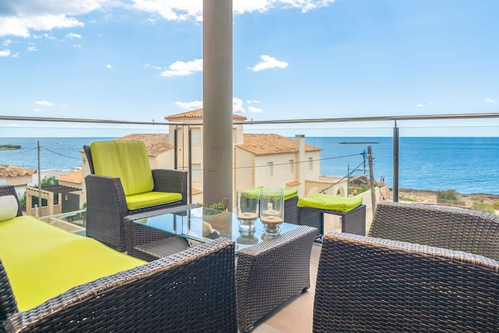 MAR COLONIA - Apartment with sea views in Colonia de Sant Jordi. Free WiFi