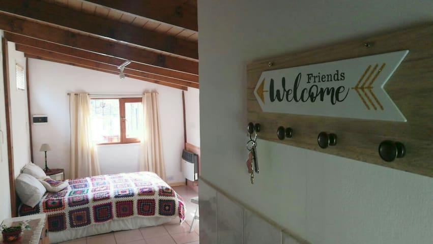 L&L studio cabin