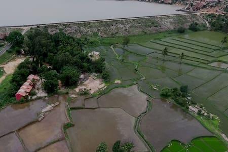 GOWRI NATURE STAY  NEAR SANAPUR LAKE