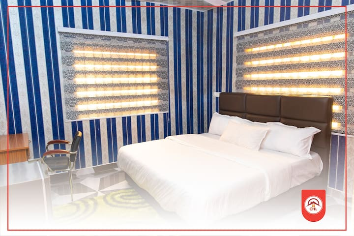 Twin deluxe bedrooms and single rooms all ensuite