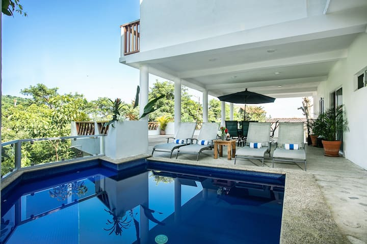 GREEN VIEW HOUSE WITH POOL!!