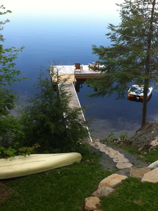 great dock space, gentle slope from shore..good for kids Peddle Boat, Canoe & Row Boat for your use