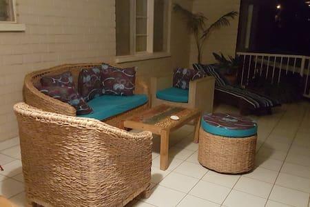 chambre avec salle de bain privée - Kigali - House