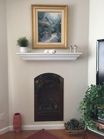 Sunset Studio - Cozy & Convenient