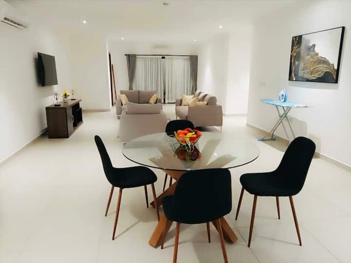 LUXURIOUS 2 SPACIOUS 2 BEDROOMS APARTMENT FOR RENT
