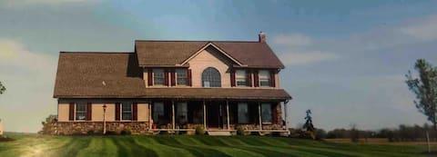 Farm Homestead-spacious house on working farm