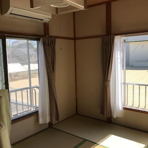 [西陣203] 京都駅から天神公園前市バス停徒歩3分の京都西陣のゲストハウスです。