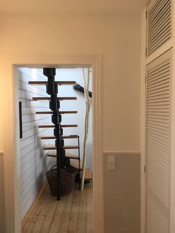 Eingangsbereich mit Blick in den Wohn/Essbereich
